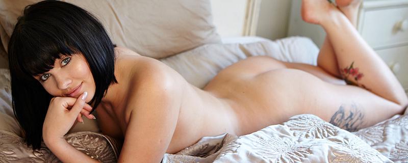 Mellisa Clarke in bedroom