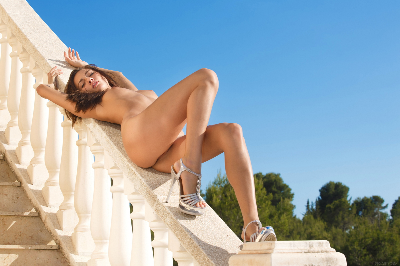 michaela-isizzu-stairs-high-heels-naked-sexart-20