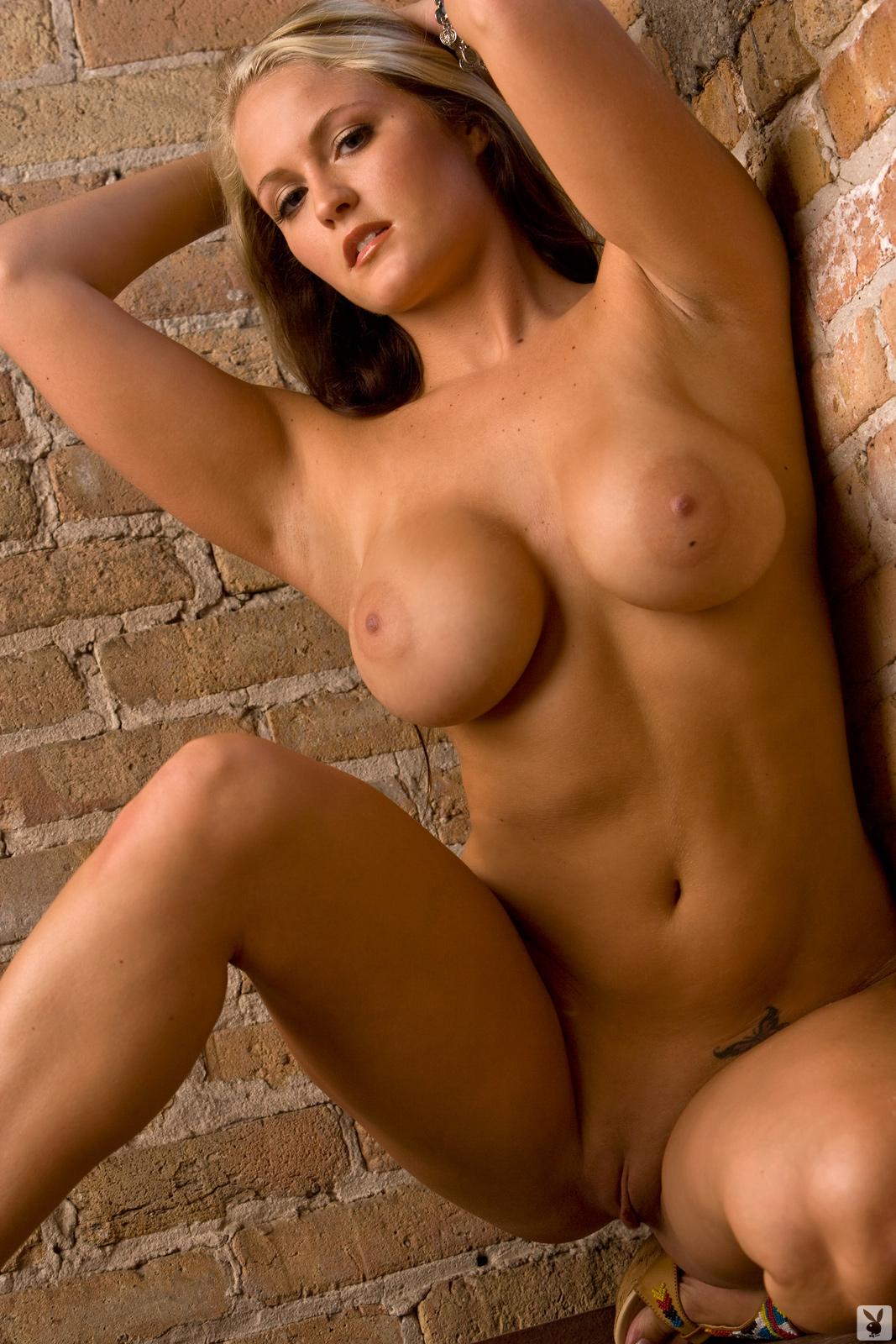 Nude christina moore Demi Moore