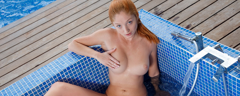 Michelle – Outdoor bath