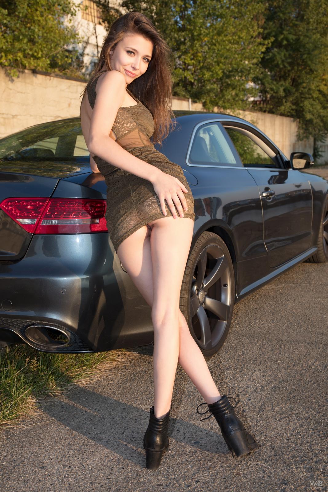 https://redbust.com/stuff/mila-azul-audi-rs5/milla-nude-audi-rs5-cars-pussy-watch4beauty-03.jpg