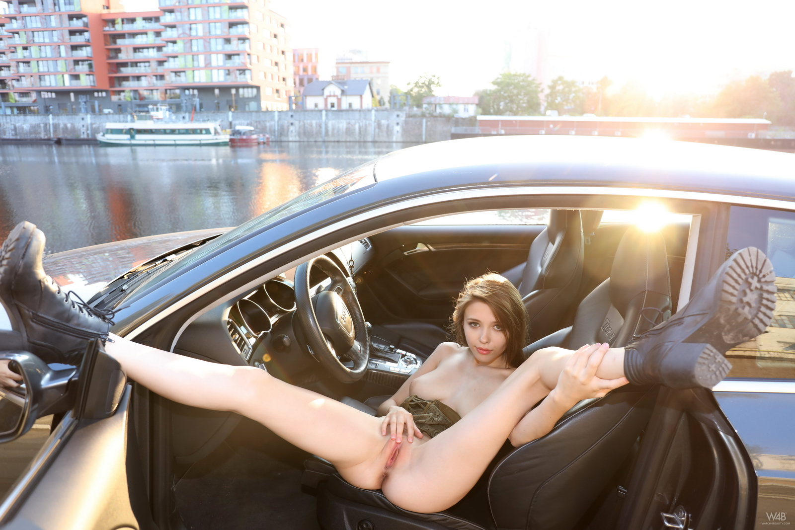 https://redbust.com/stuff/mila-azul-audi-rs5/milla-nude-audi-rs5-cars-pussy-watch4beauty-29.jpg