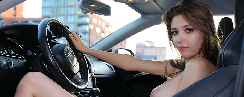 Mila Azul & Audi RS5