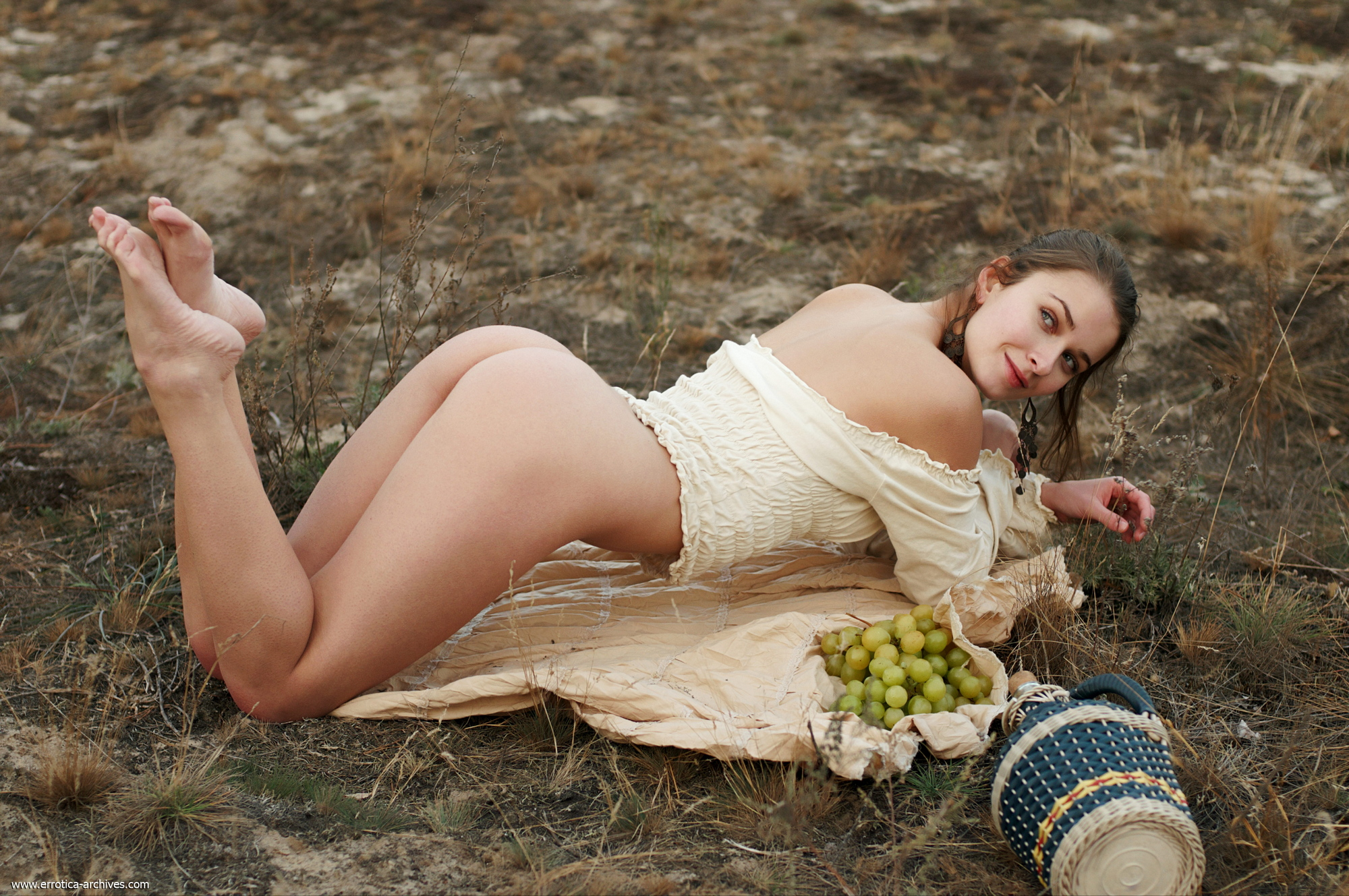 milana-naked-jug-wine-grapes-outdoor-errotica-archives-17