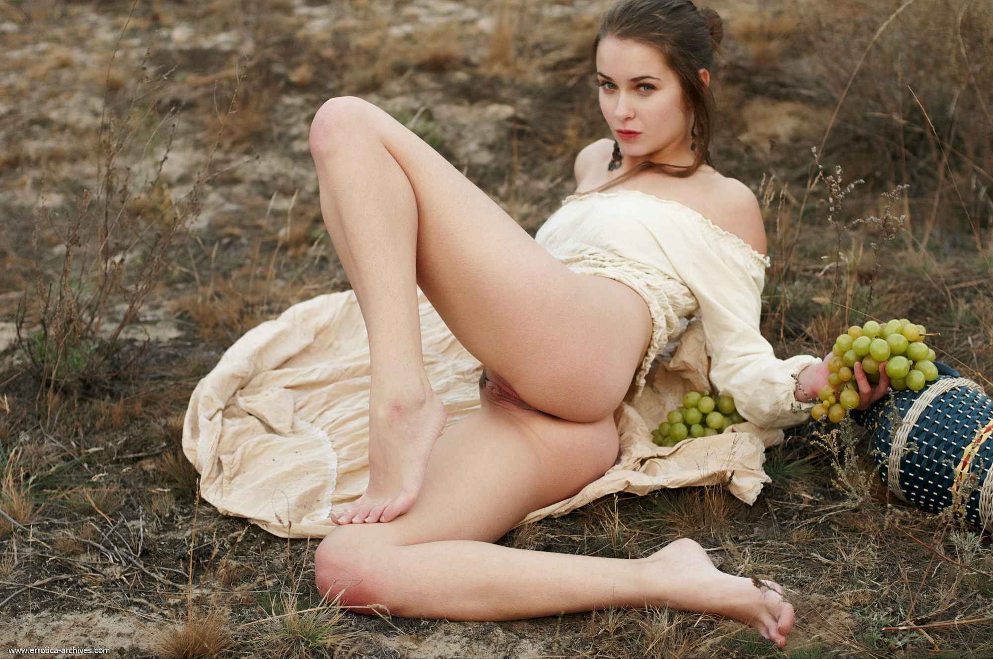 milana-naked-jug-wine-grapes-outdoor-errotica-archives-19