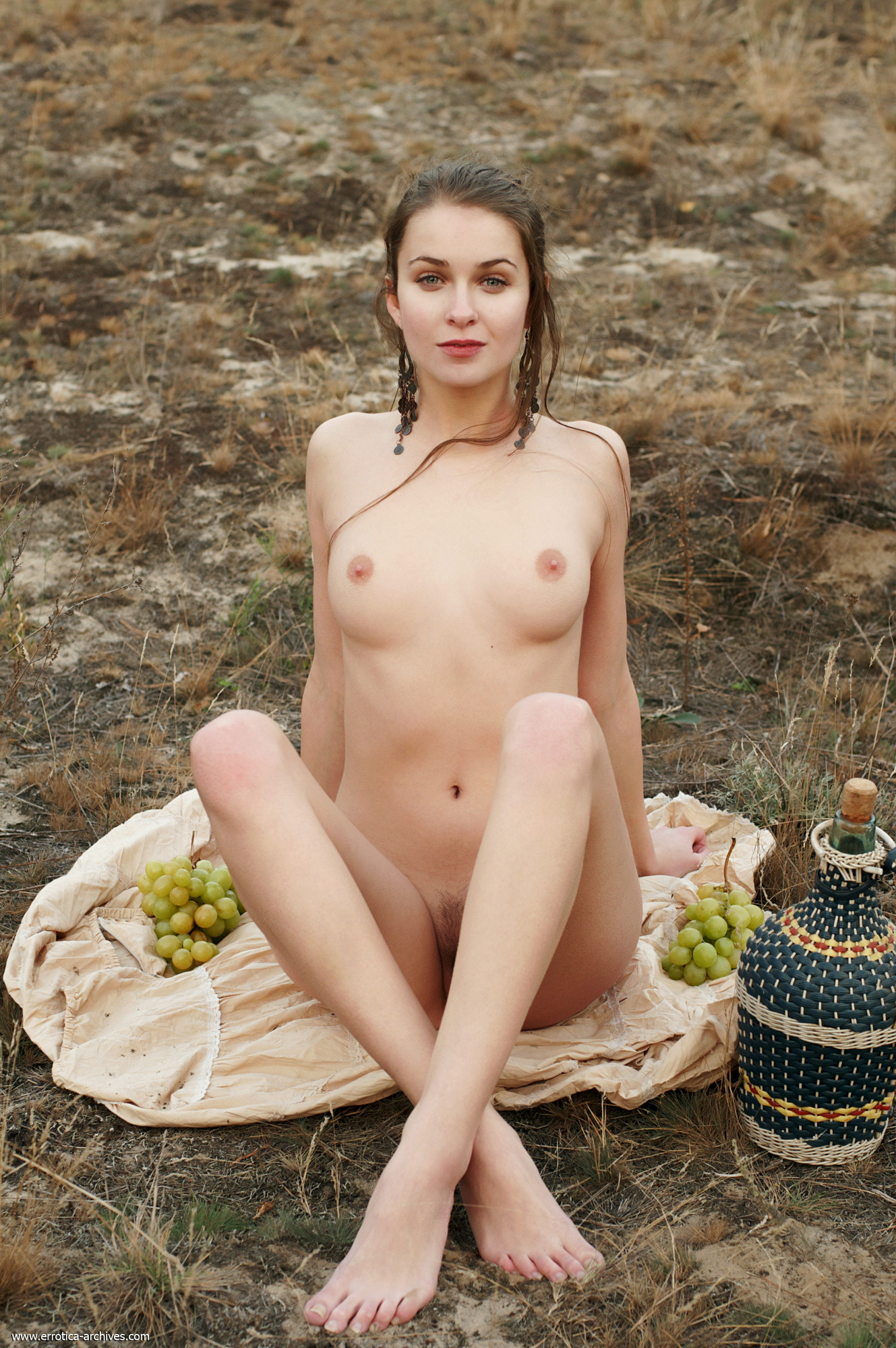 milana-naked-jug-wine-grapes-outdoor-errotica-archives-24