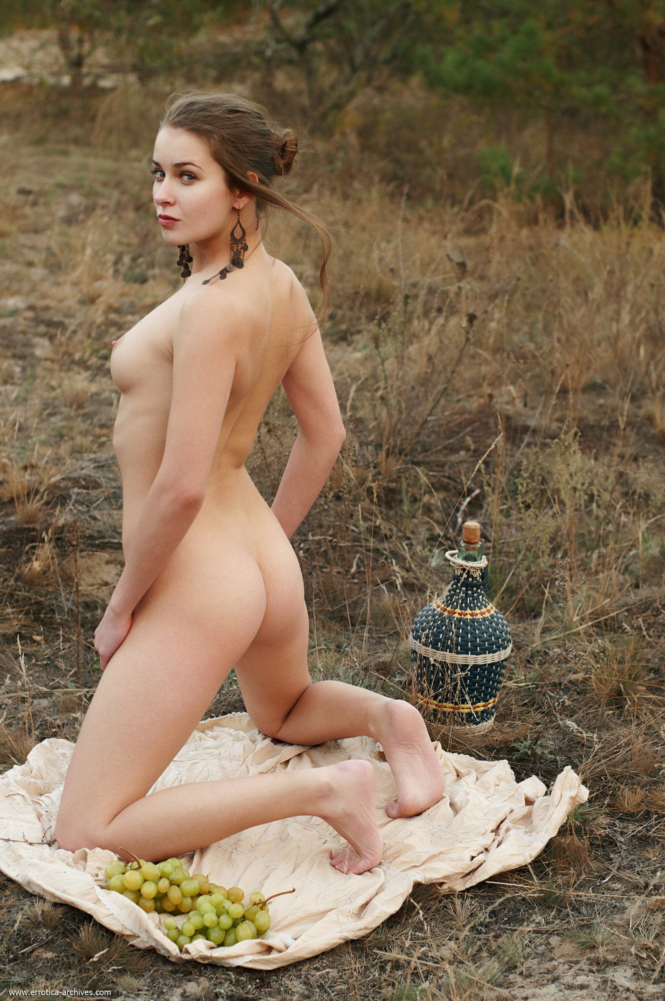 milana-naked-jug-wine-grapes-outdoor-errotica-archives-35