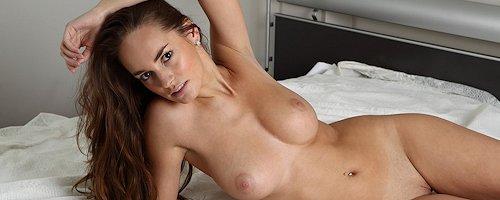 Milena in bedroom