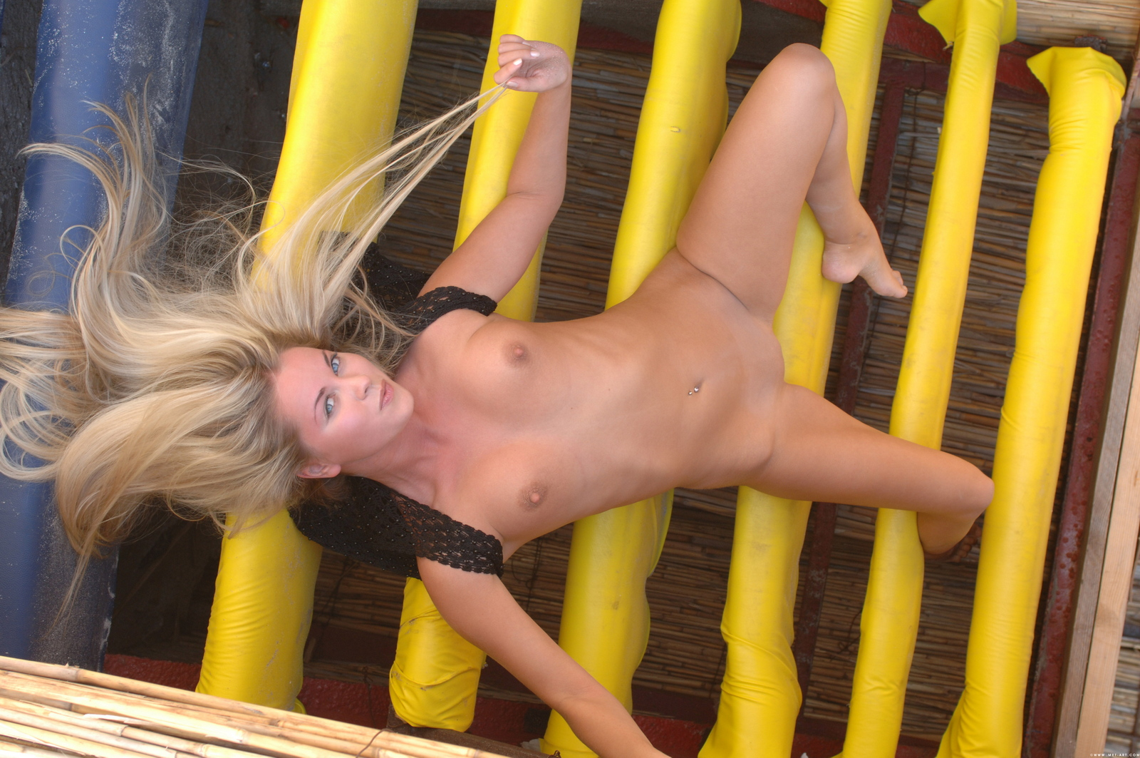 mira-a-beach-bar-blonde-naked-pussy-ass-metart-34