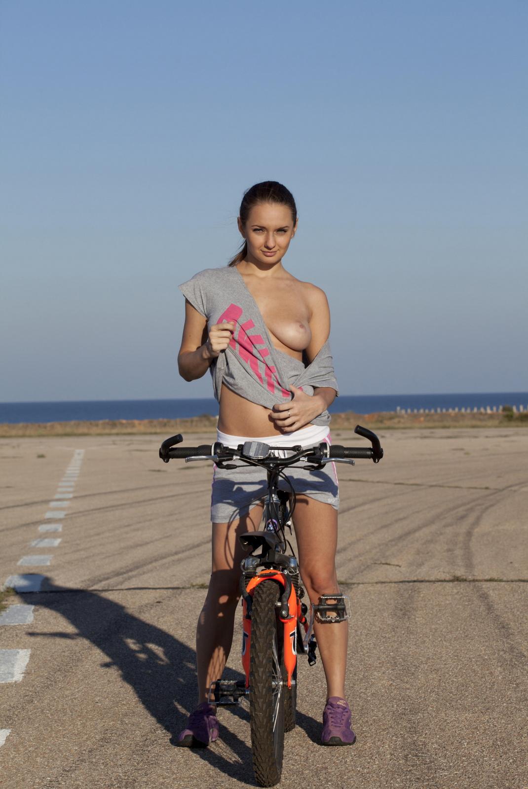 mishel-c-bicycle-boobs-naked-domai-02