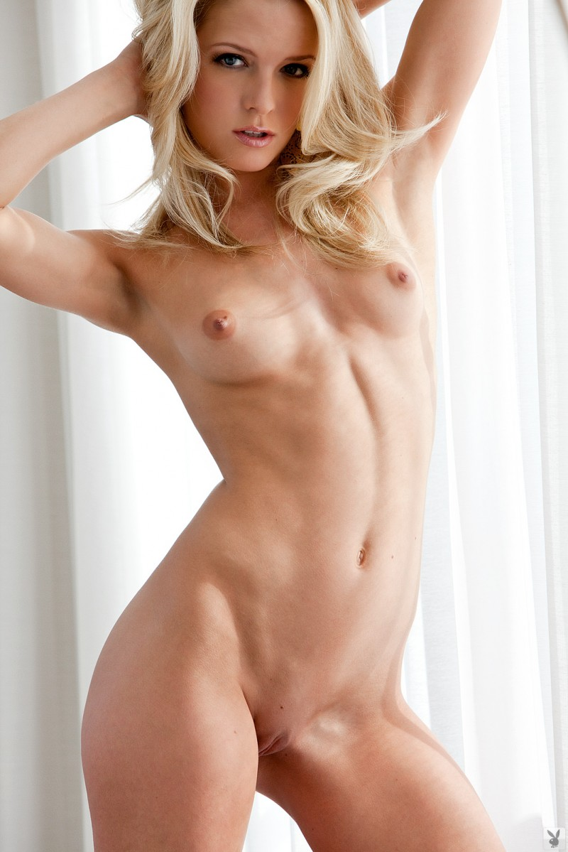 Misty Rhodes  Completely Naked - Redbust-7461