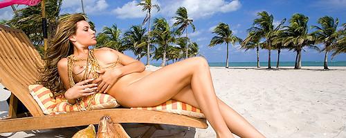 Monica Leigh on the beach