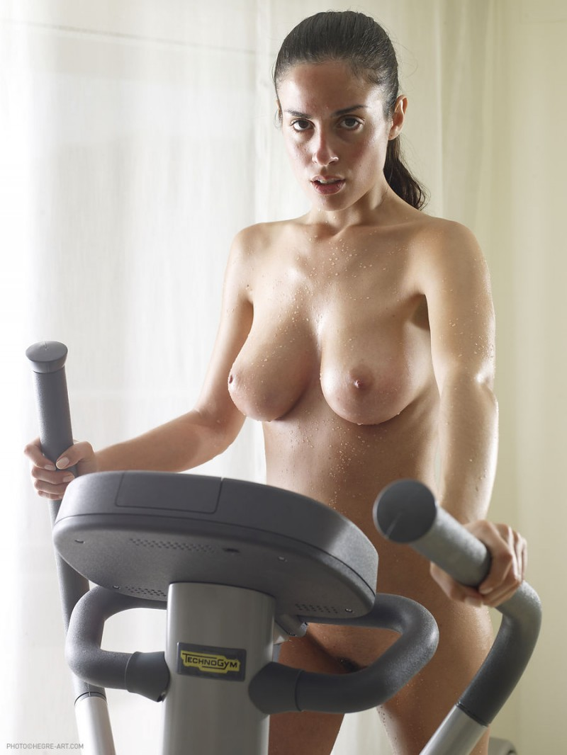 Variant possible Naked girl exercise picture this