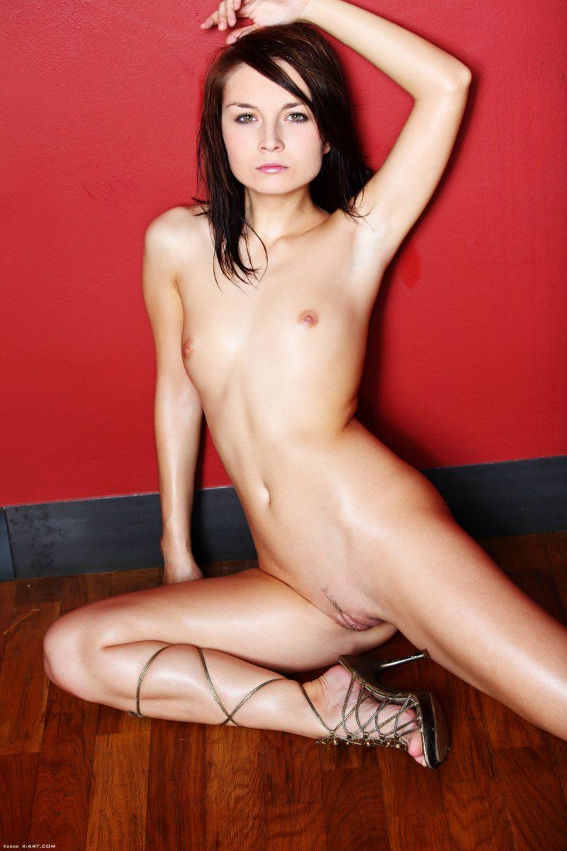 olivia-thirlby-fake-nude-images-xxx