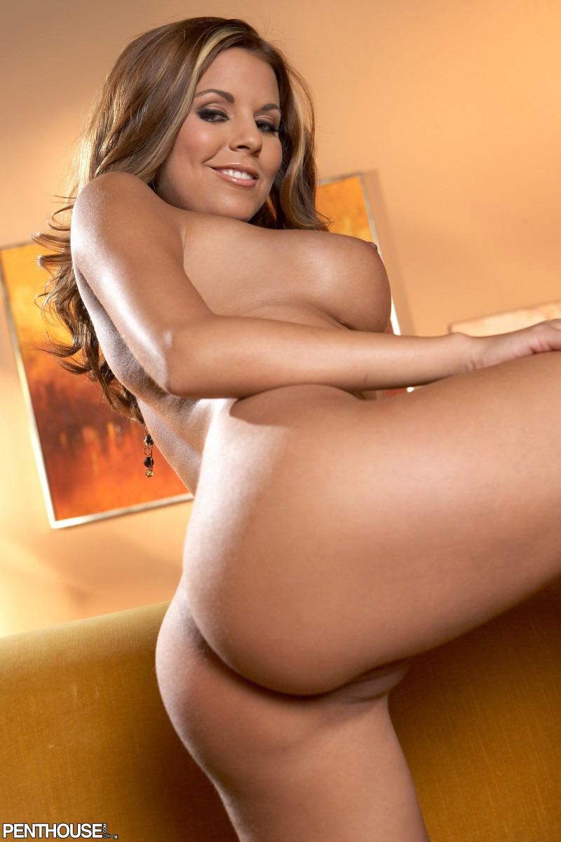Nicole graves naked