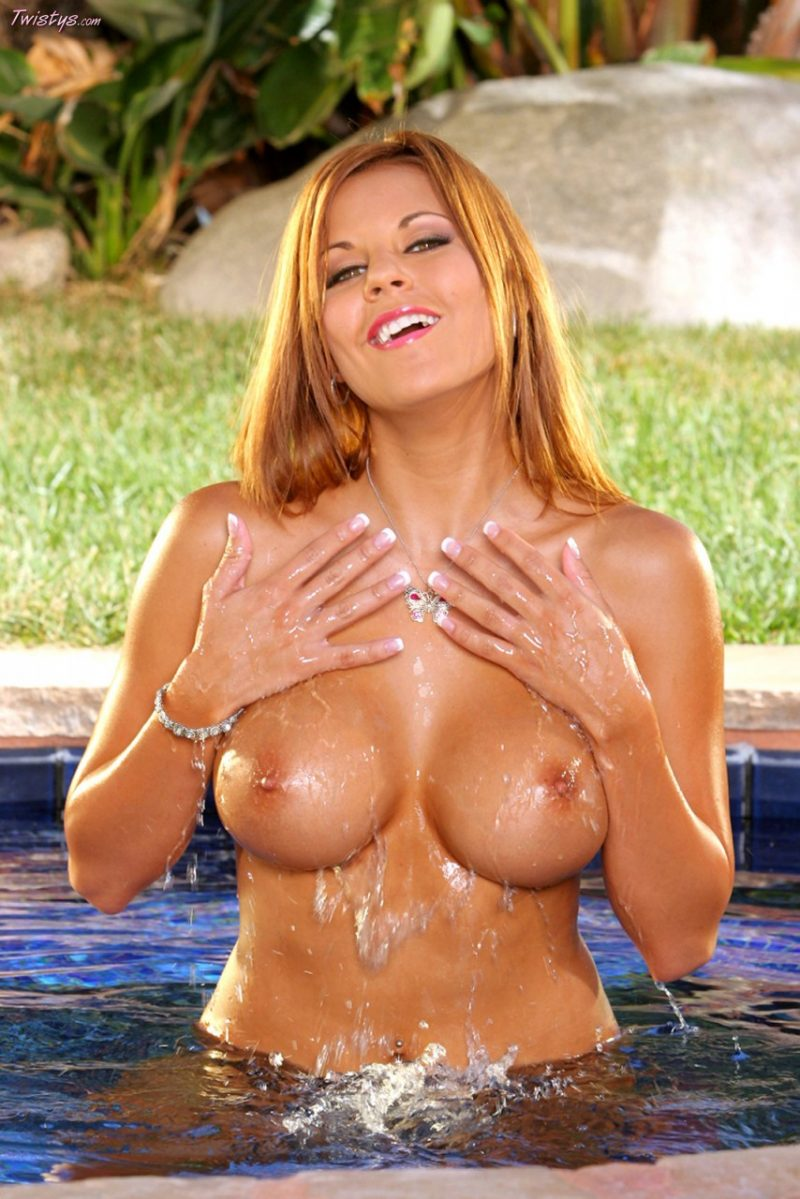 Nicole Graves in the pool - RedBust