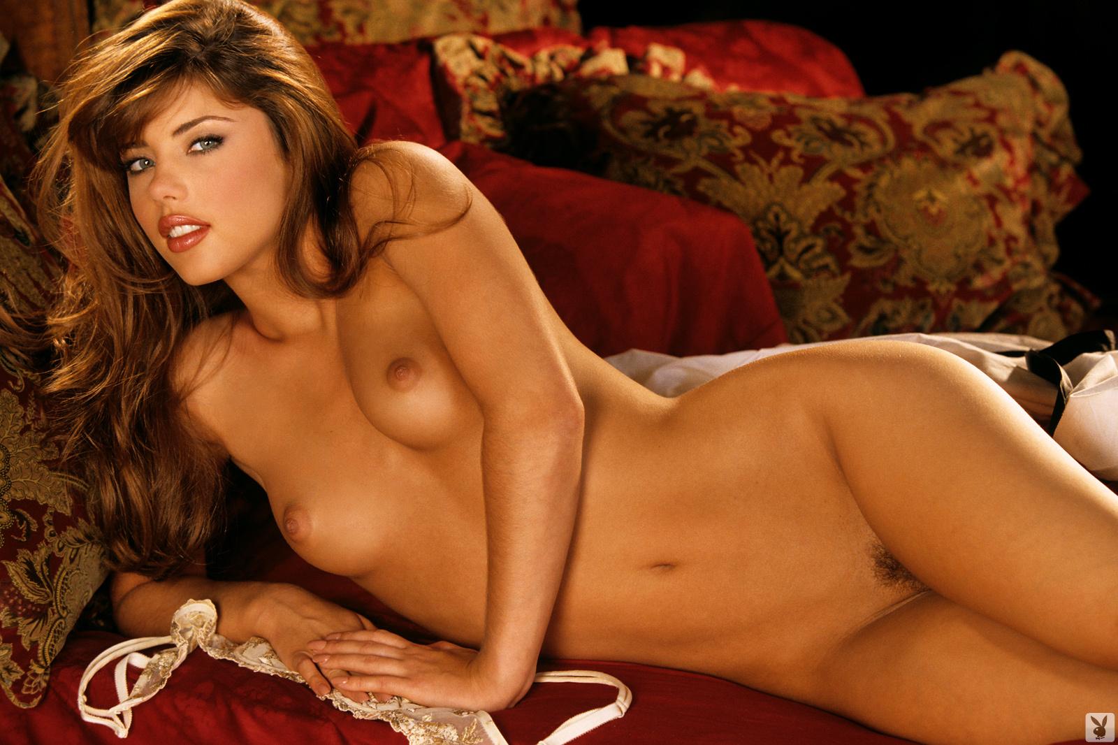 Nicole Lenz Nude