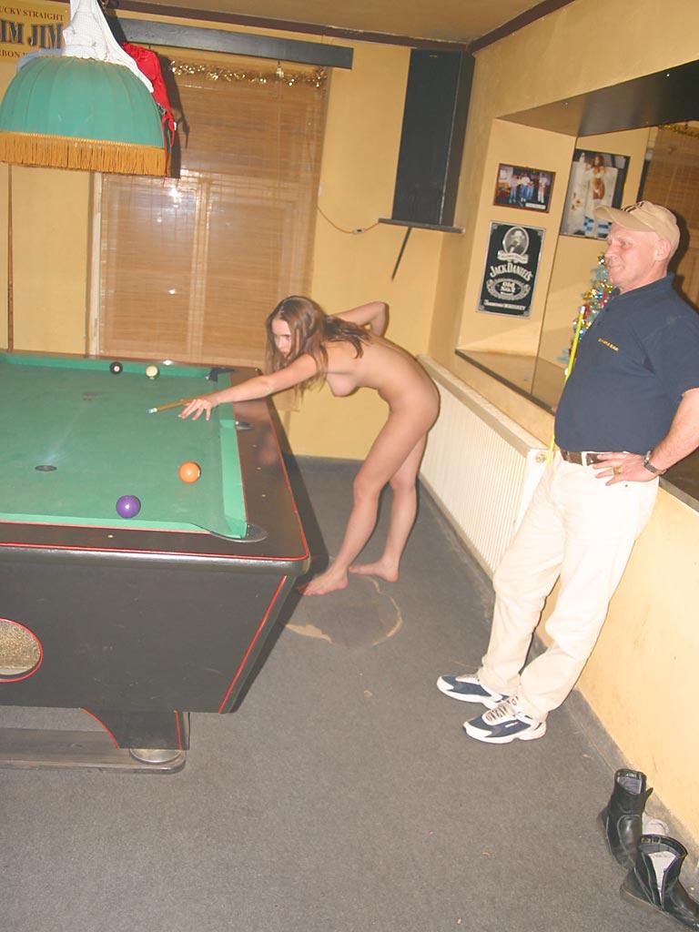 Billards nude amateur 41