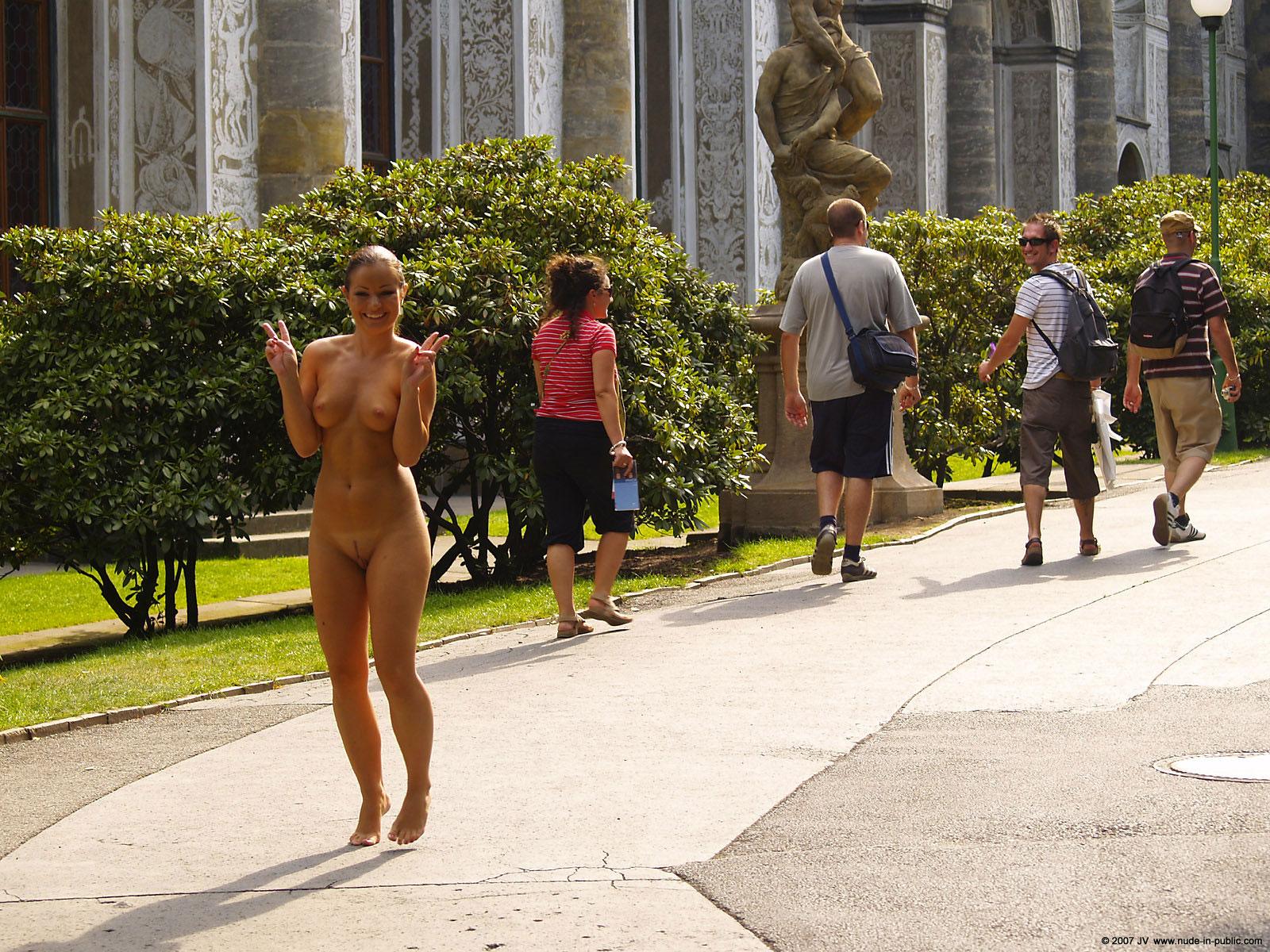 Nude in geneva