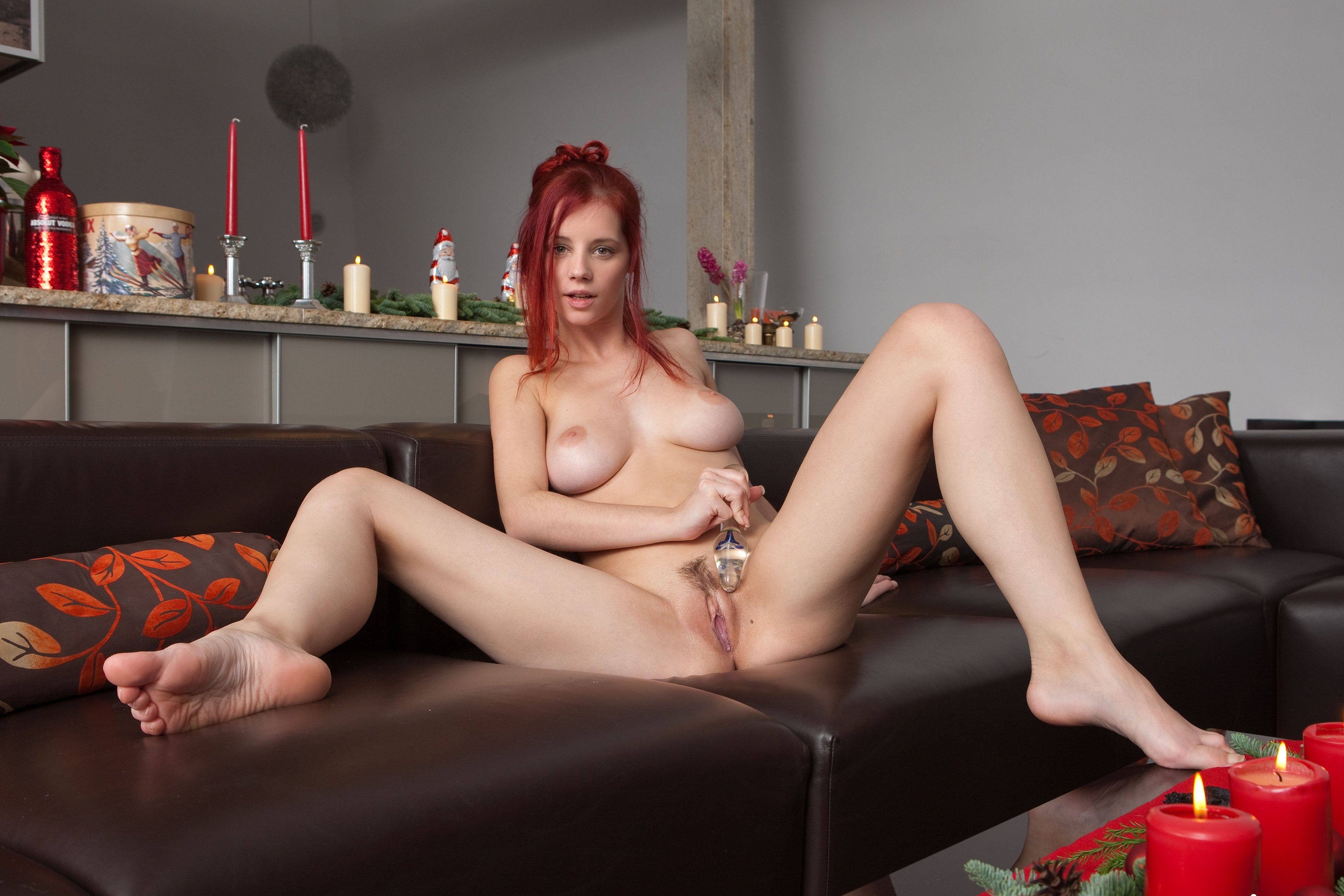 sex-cake-picture-with-nude-girl-nancy-gribel-naked