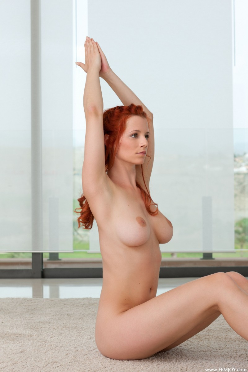 Nude Yoga With Ariel - Redbust-1003