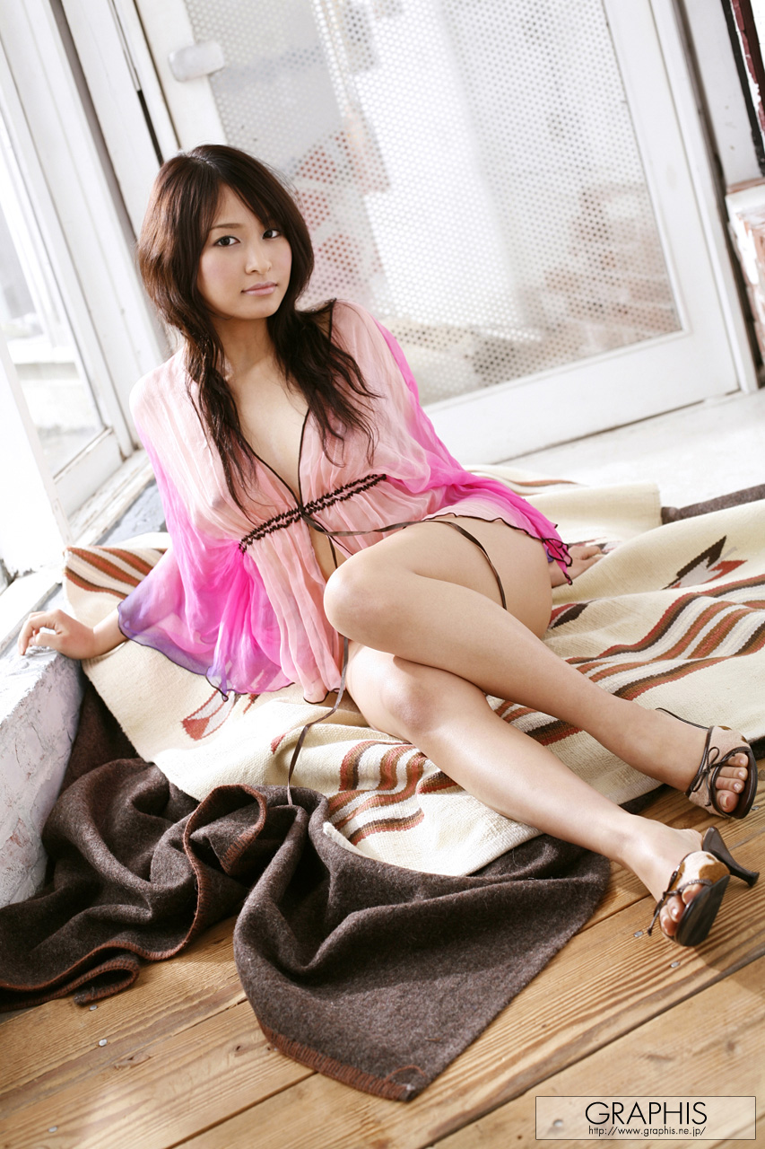nurie-mika-hairy-pussy-nighty-asian-graphis-01