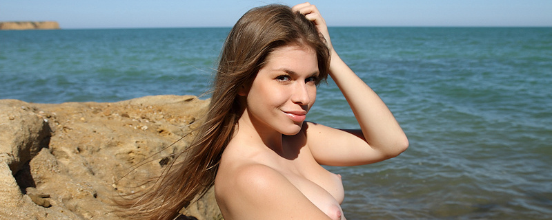 Olesya Roxx at the seaside