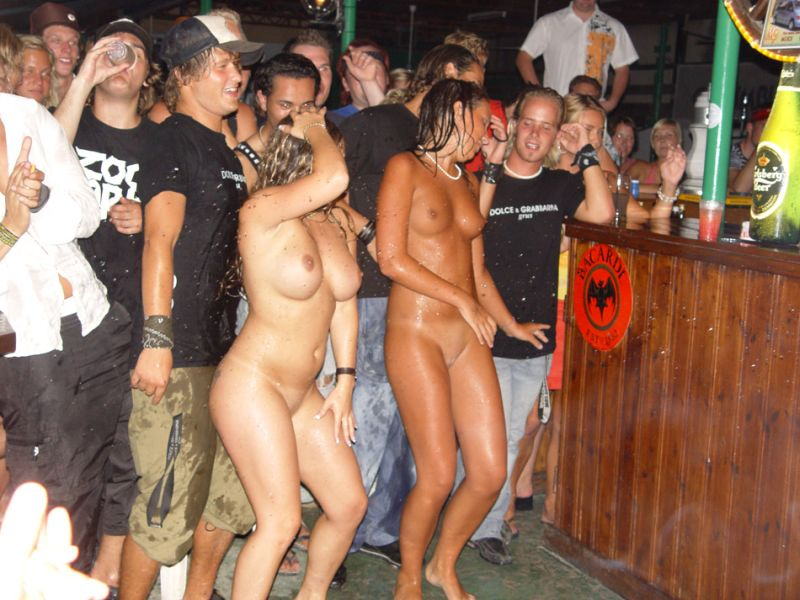 party-girls-05
