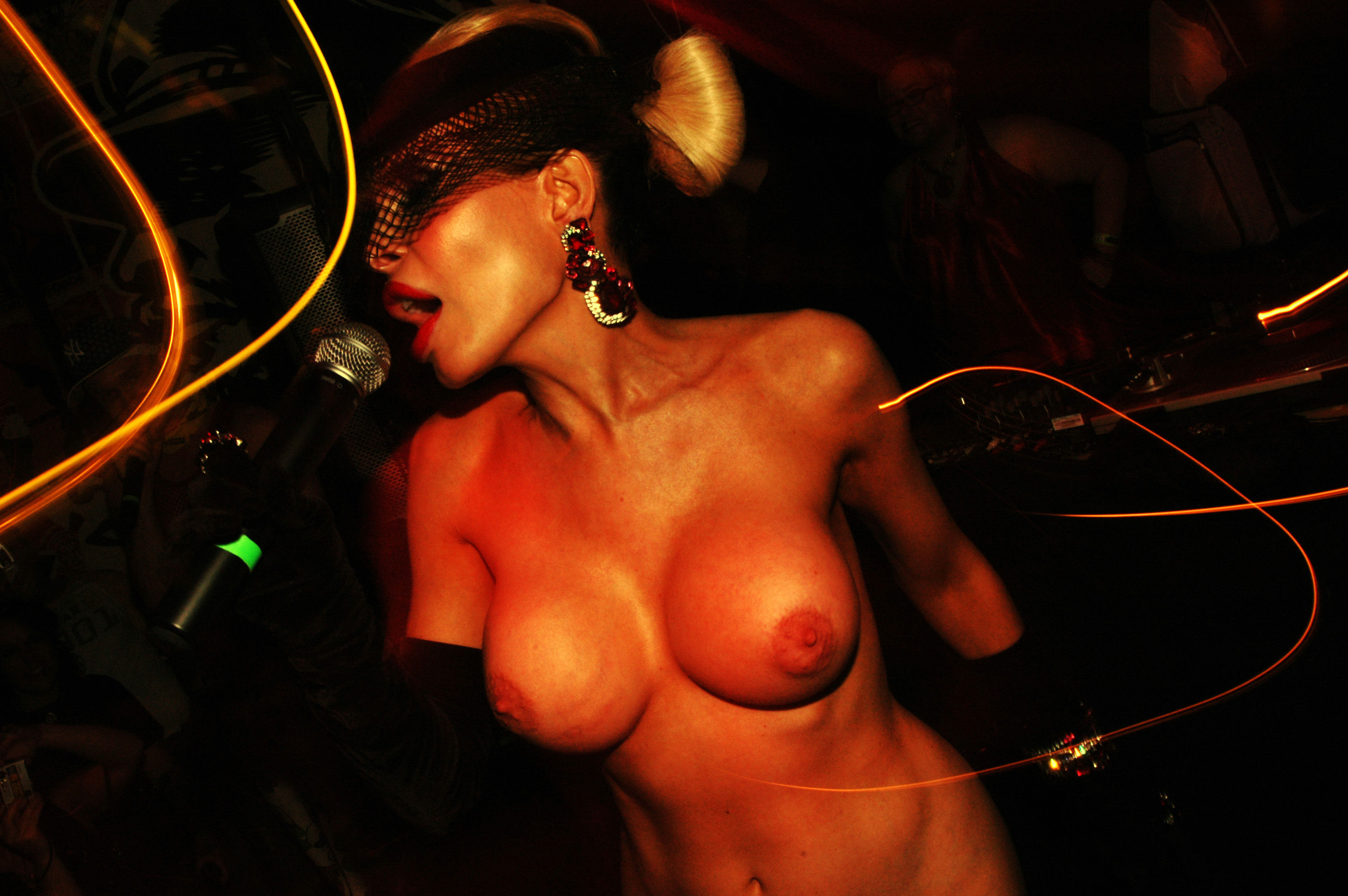 party-girls-45