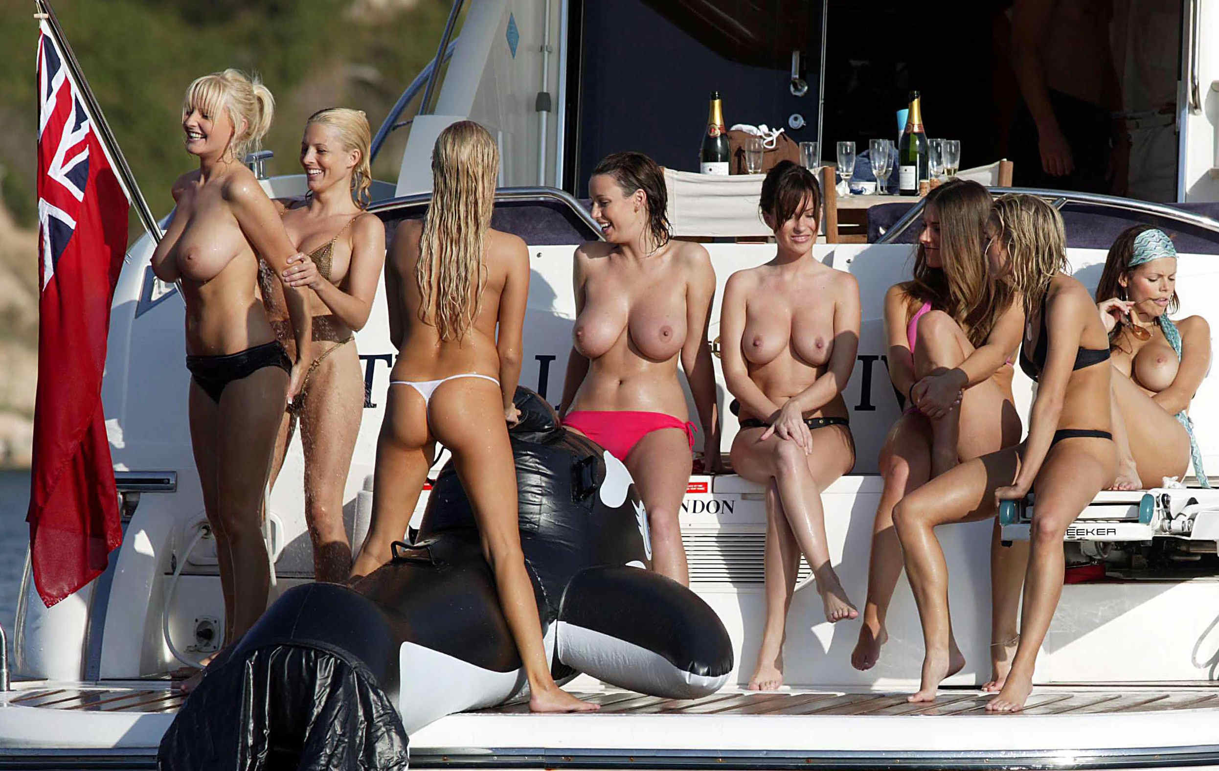 party-girls-85