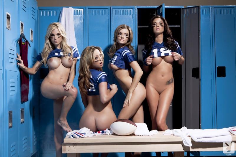 four coed girls nude