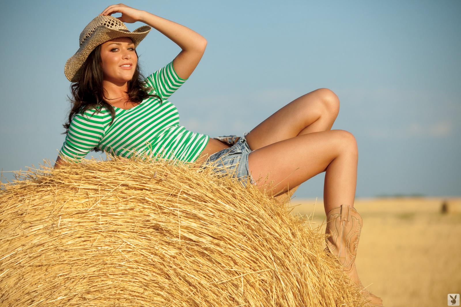 rainy-day-jordan-barn-naked-cowgirl-ranch-playboy-02