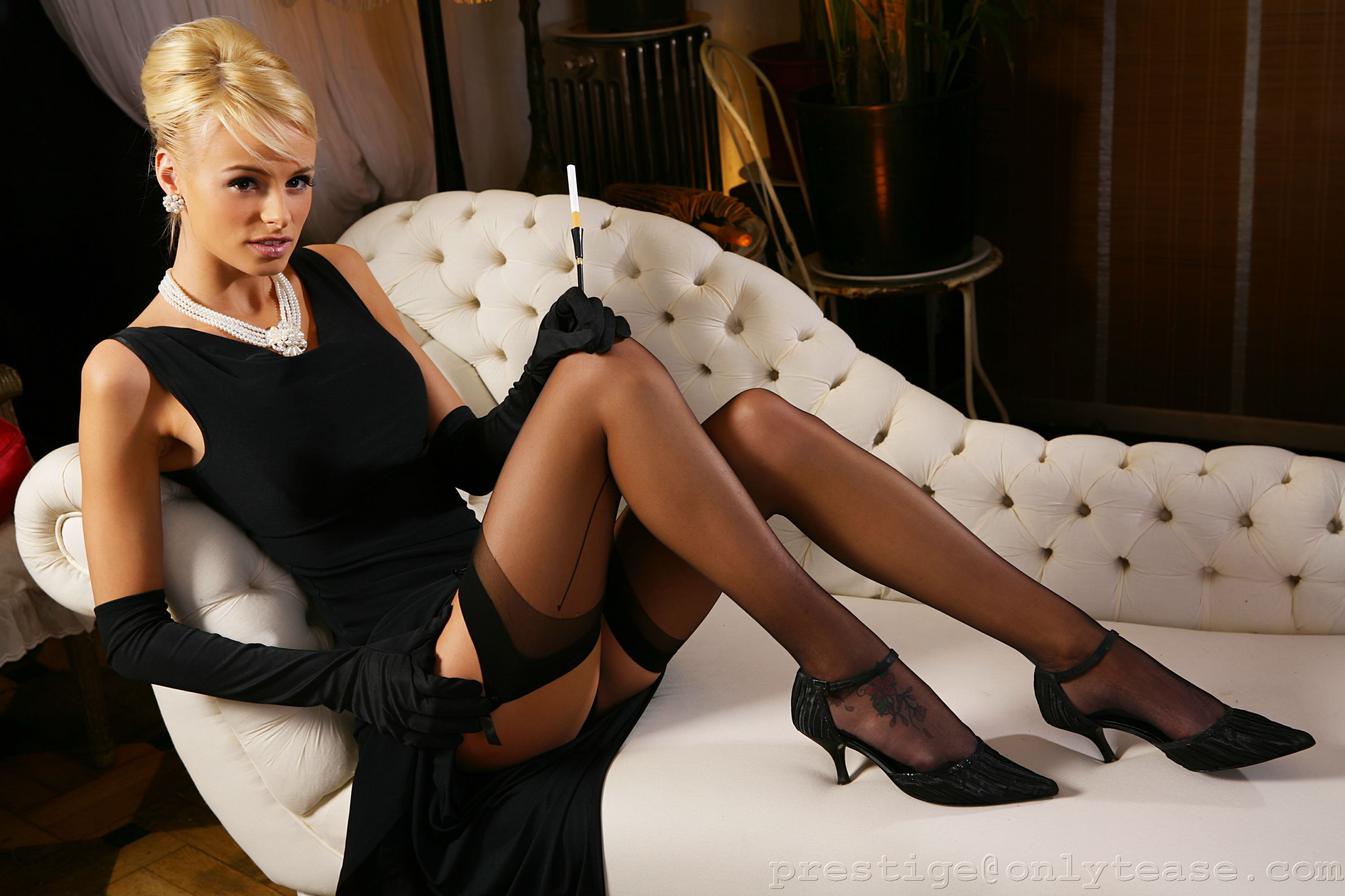 rhian-sugden-stockings-01
