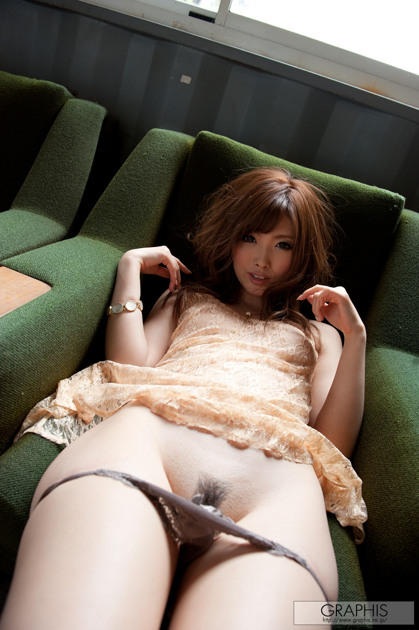 rina-kato-office-container-asian-naked-graphis-24