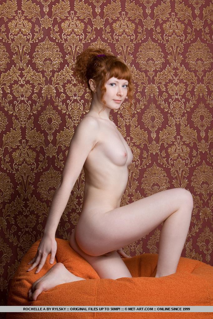 latina cute girl naked