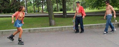 Rollergirl nude in public