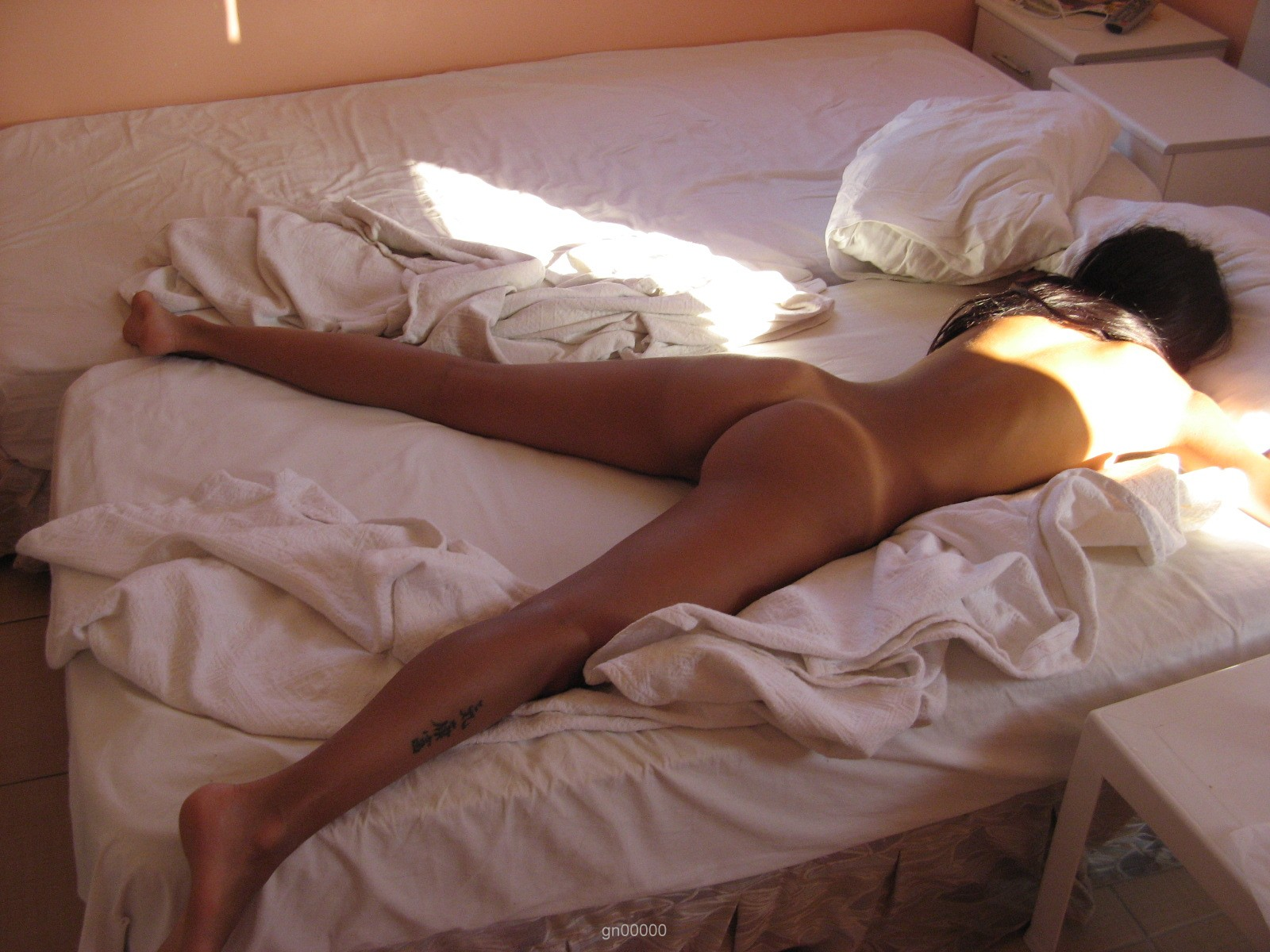 naughty-russian-naked-amateur-girl-on-holydays-43