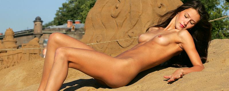 Maria – Sand sculptures