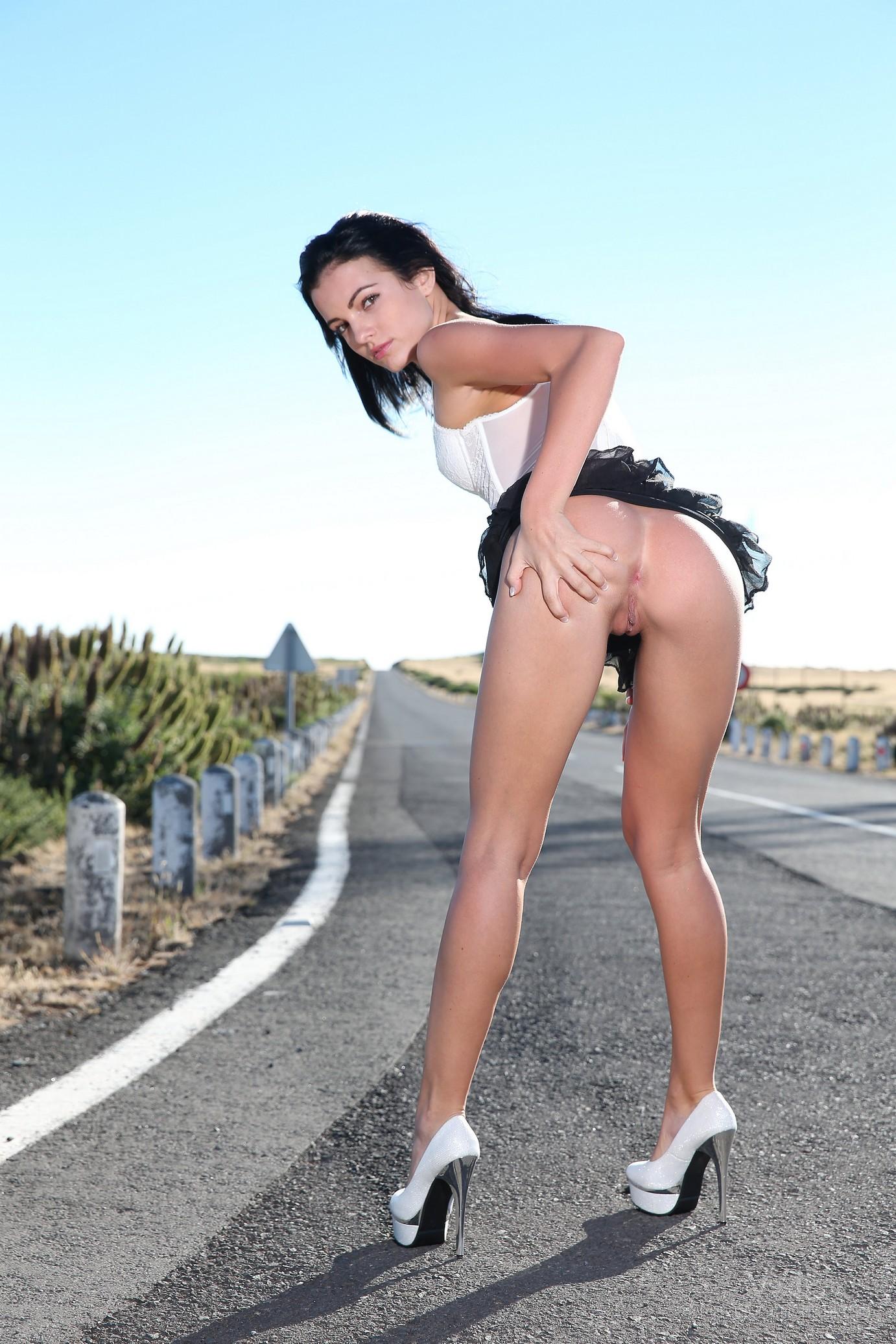 sapphira-naked-madeira-road-high-heels-brunette-w4b-04