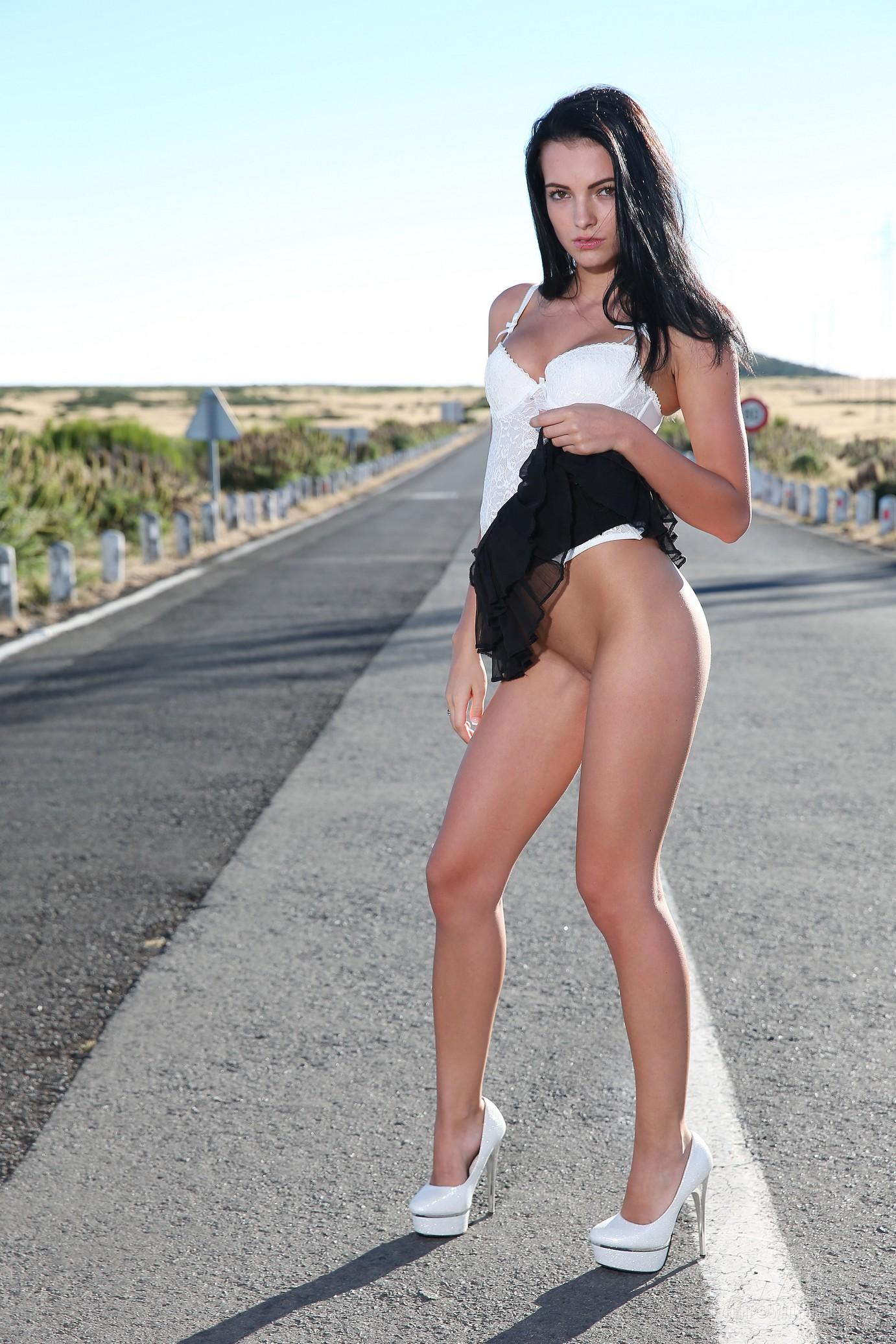 sapphira-naked-madeira-road-high-heels-brunette-w4b-08