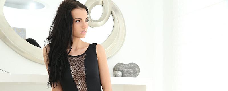 Sapphira – Sexy black bodysuit