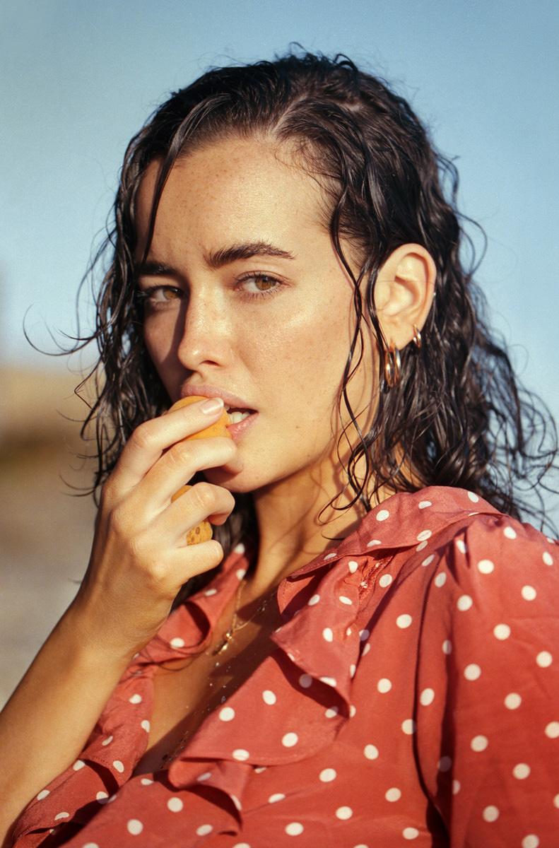 sarah-stephens-seaside-erotic-photo-by-cameron-mackie-02