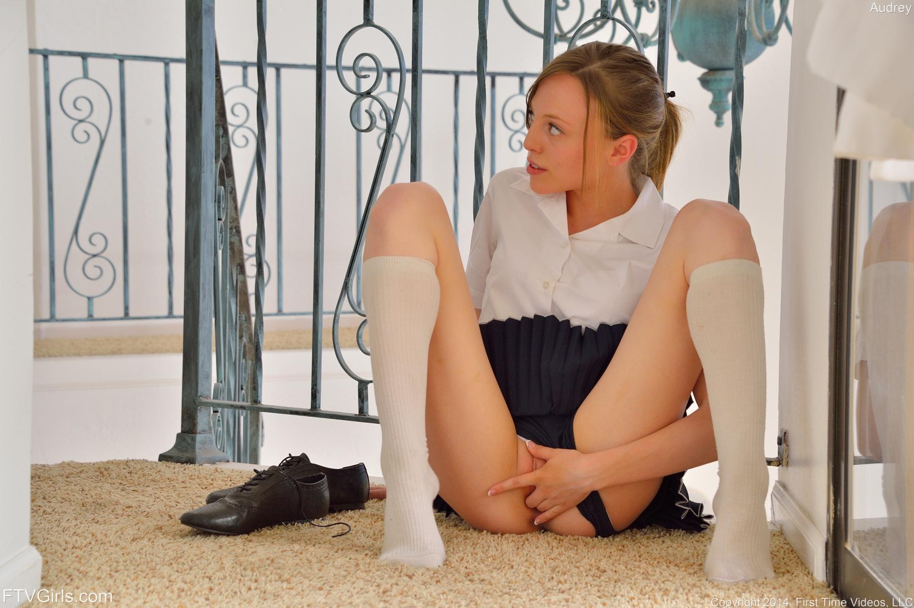 naughty-schoolgirls-nude-mix-vol3-15