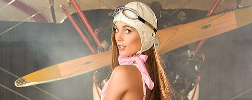 Jessica Erin Sylvia – Sexy pilot