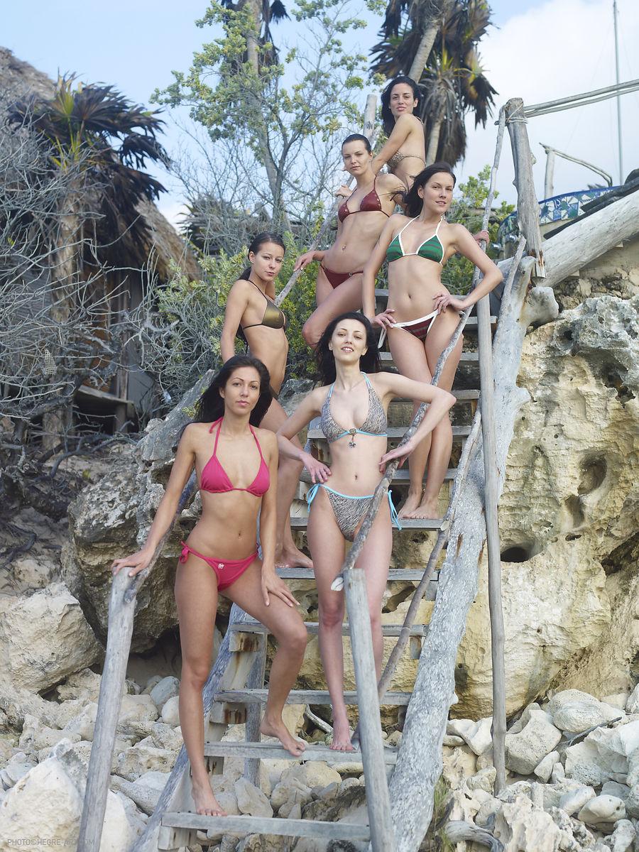 Brigi Suzie Melissa Anna S Muriel Bikini Hegreart 02 Redbust-5765