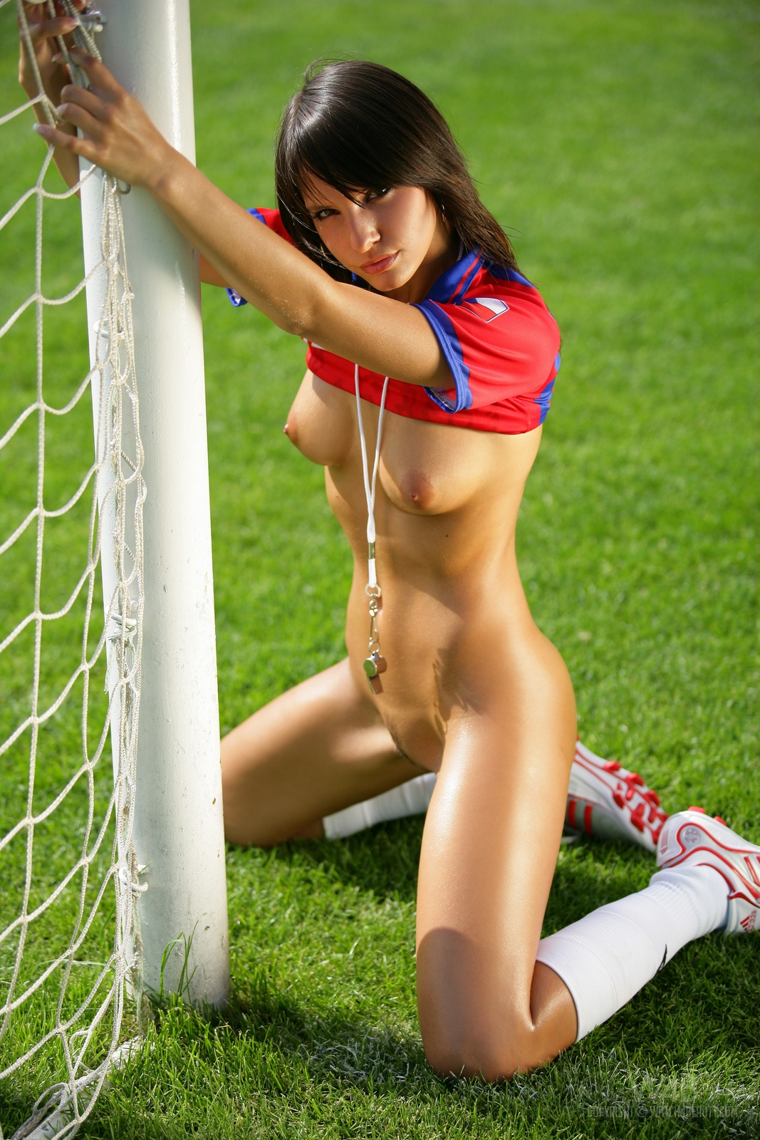 Erotic football player girl — pic 10
