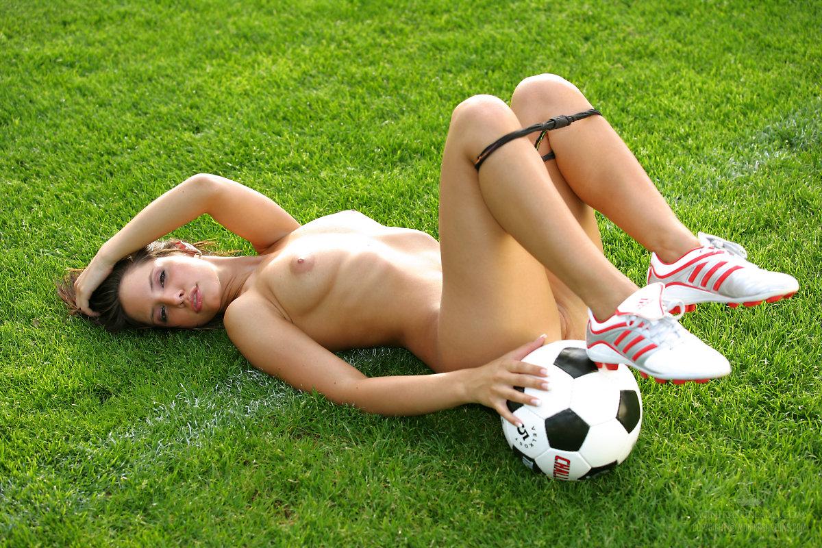 soccer-girls-nude-hd