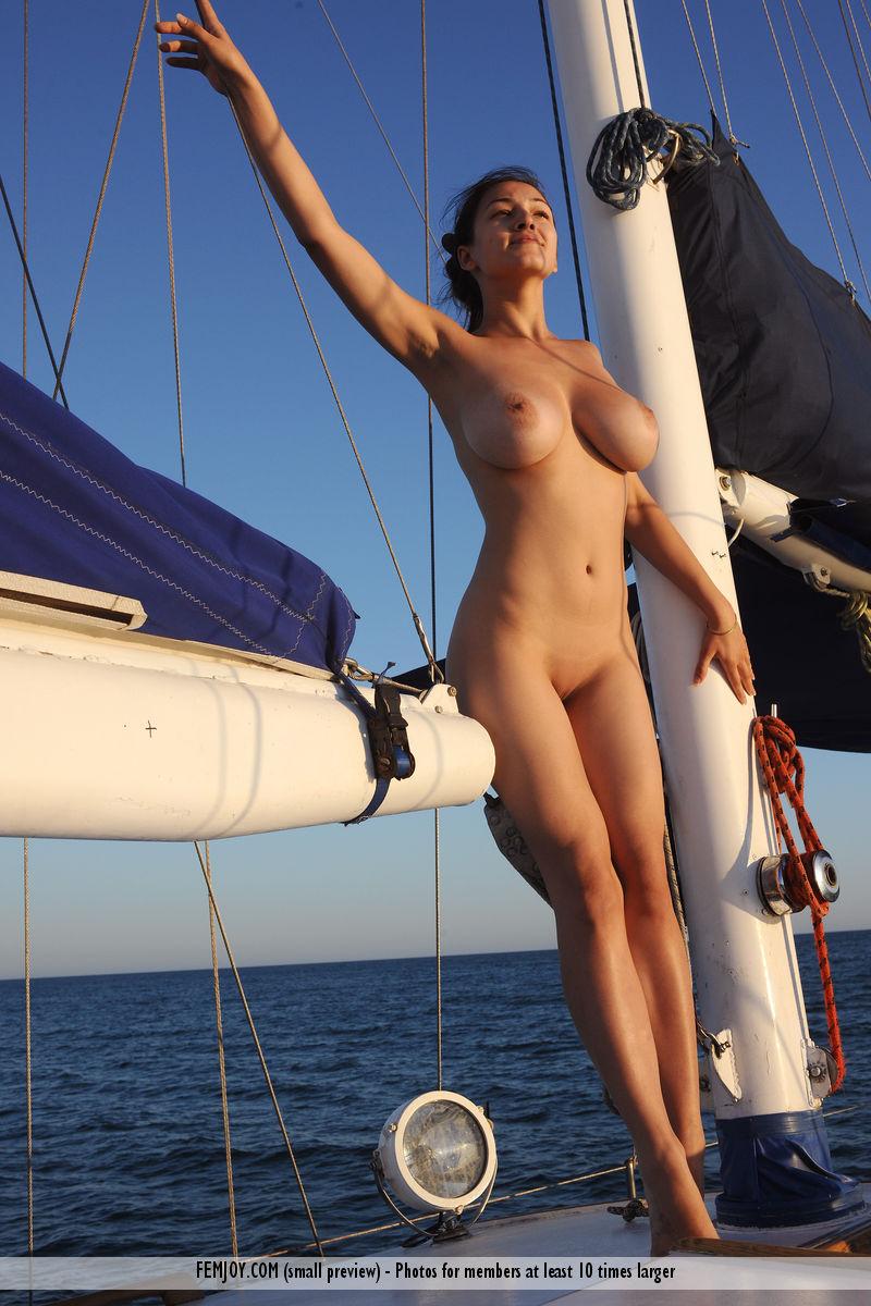 Sofi On Yacht - Redbust-7569