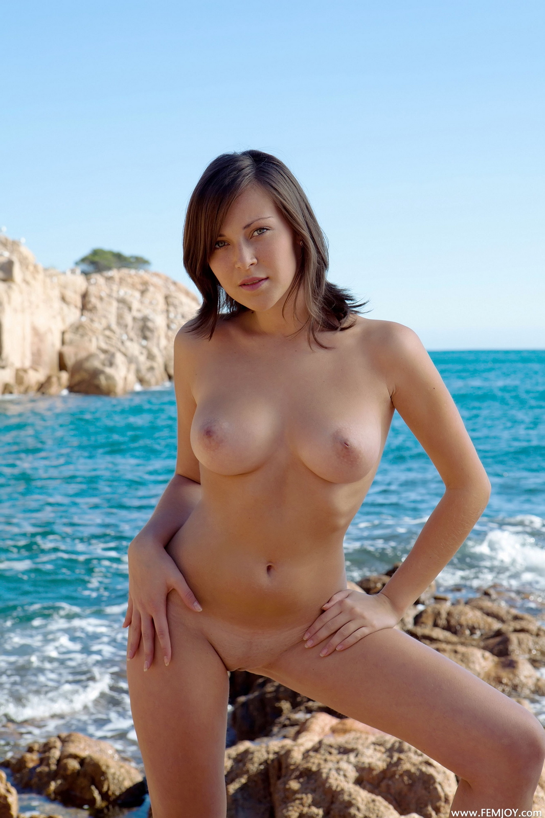 sophia-h-seaside-naked-boobs-rocks-femjoy-24