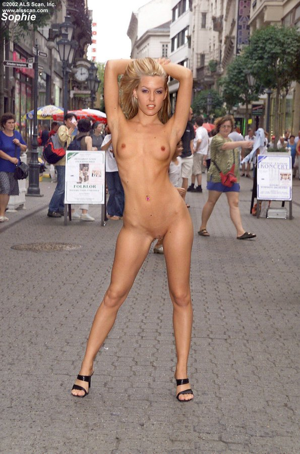 Full frontal nude in public, nude pic paoli dam adult